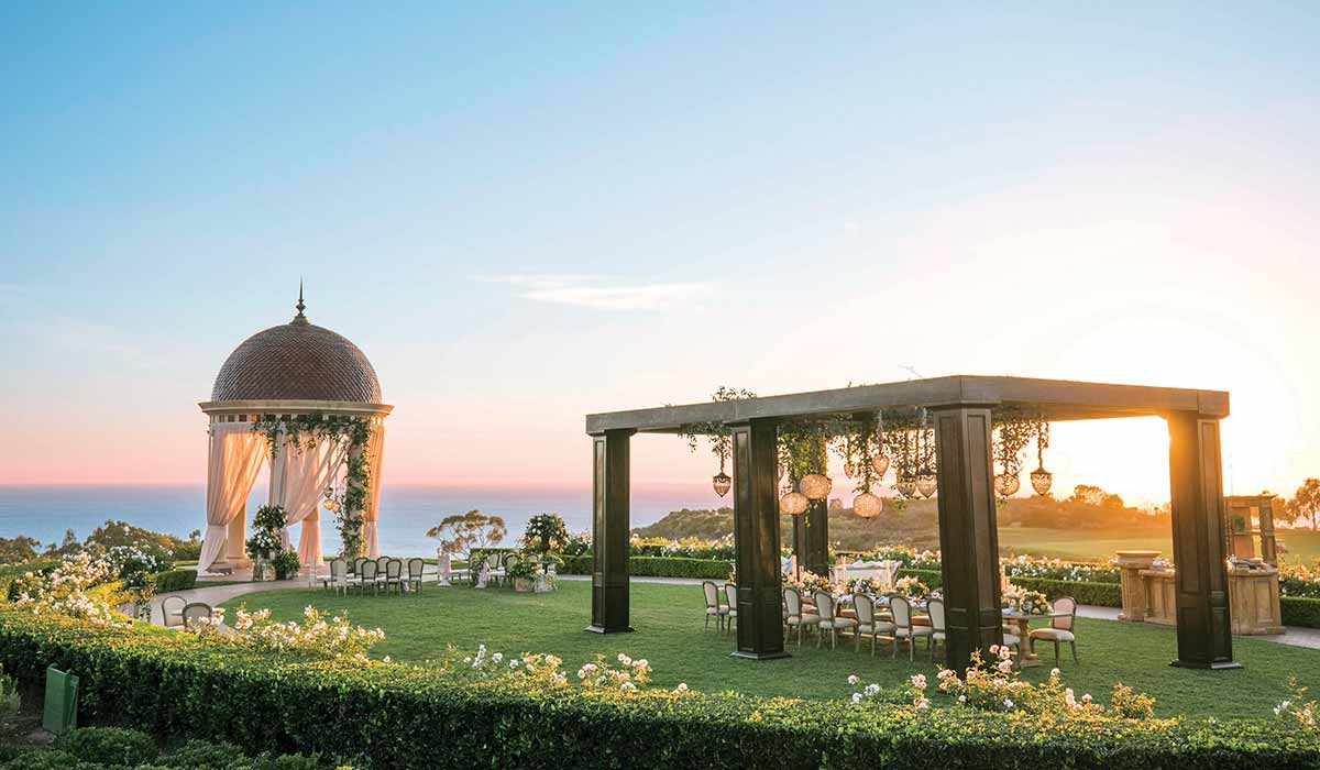 pelican_hill-wedding-sunset-1200